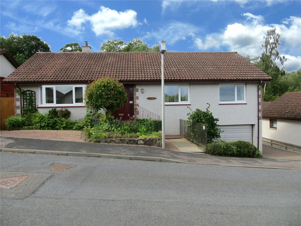 3 Bedrooms Detached Bungalow for sale in Underwood Place, Balloch, Inverness