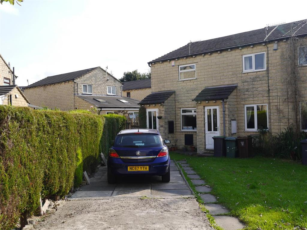 2 Bedrooms Town House for sale in Oxford Road, Undercliffe, Bradford, BD2 4PY