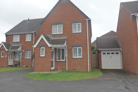 3 bedroom semi-detached house for sale - Springfields