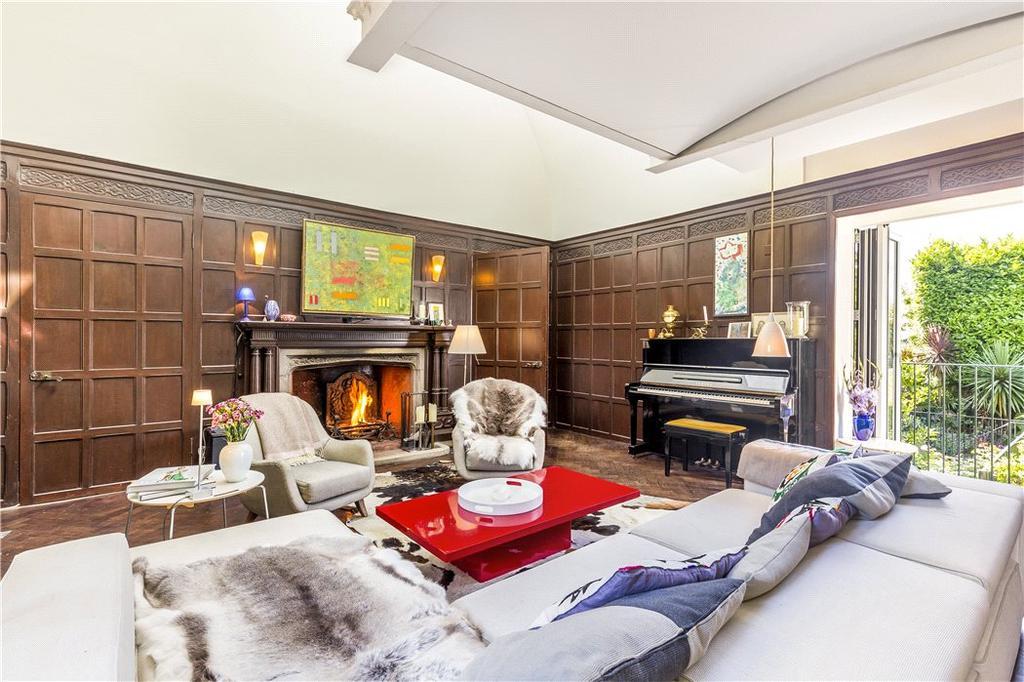 3 Bedrooms Flat for sale in Cottenham Park Road, Wimbledon, London, SW20