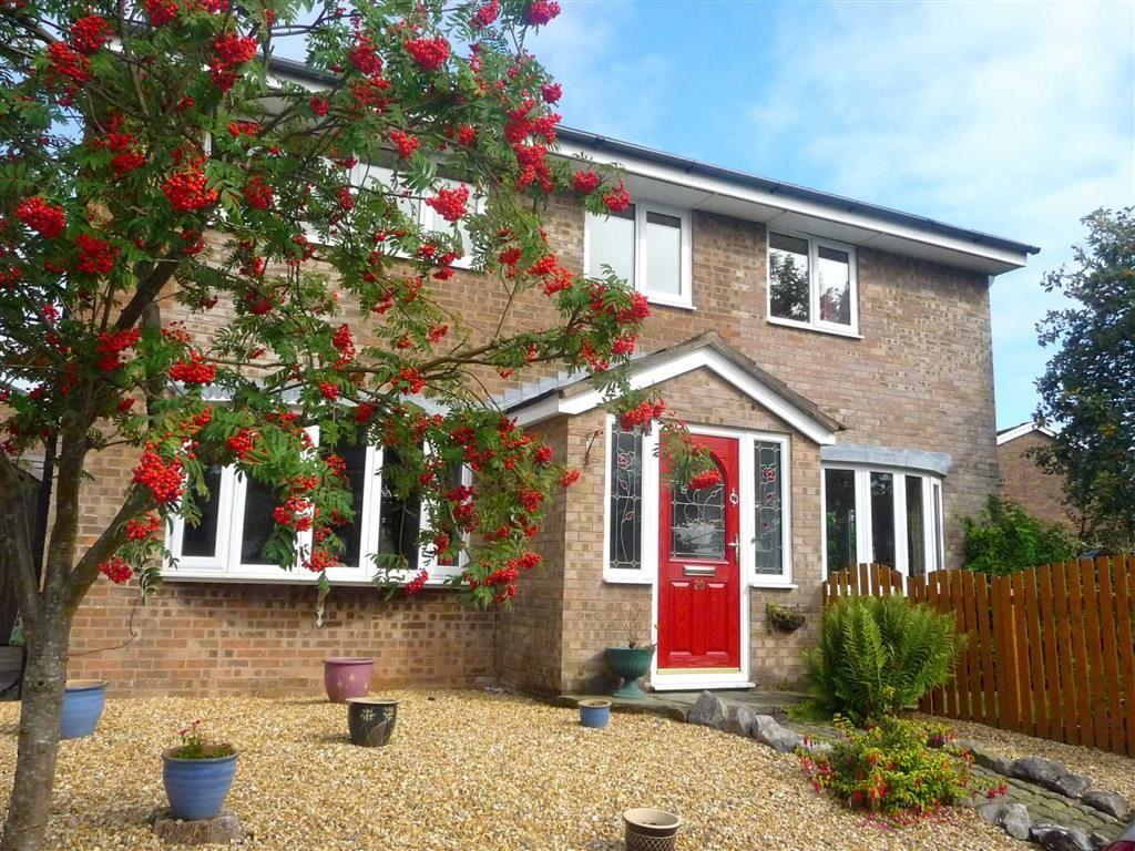 4 Bedrooms Detached House for sale in Cunnery Meadow, Clayton - Le - Woods, PR25