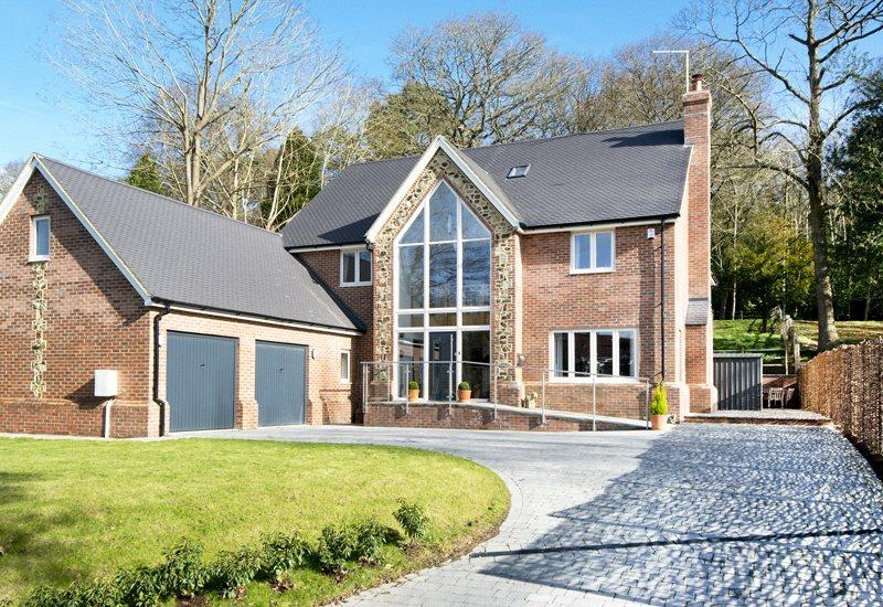 6 Bedrooms Detached House for sale in Comp Lane, Platt, Sevenoaks, Kent, TN15