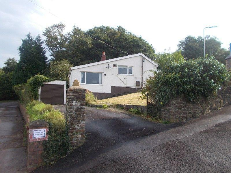 2 Bedrooms Detached Bungalow for sale in Parish Road, Cwmgwrach, Neath, Neath Port Talbot.