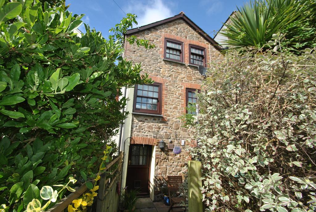 4 Bedrooms Terraced House for sale in Bridge Street, Stratton
