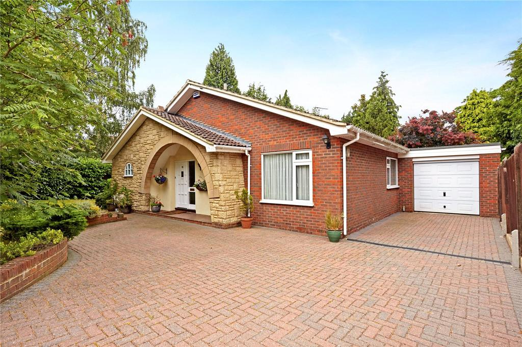 3 Bedrooms Detached Bungalow for sale in Vine Court Road, Sevenoaks, Kent, TN13