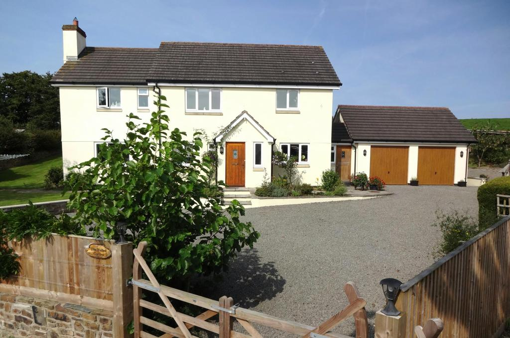 4 Bedrooms Detached House for sale in Chittlehampton, Umberleigh
