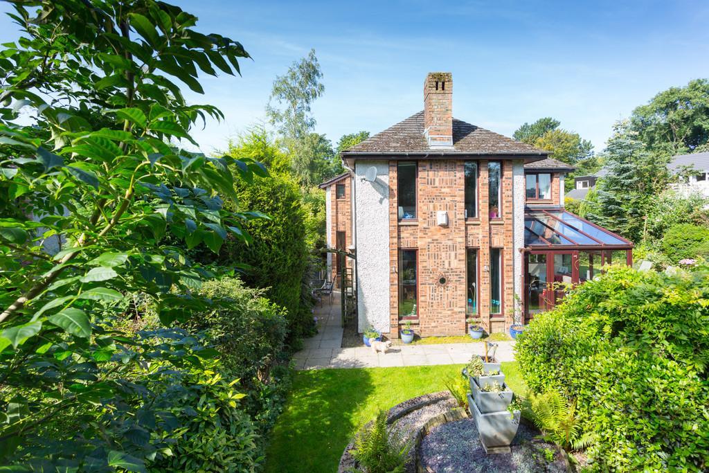 4 Bedrooms Detached House for sale in 2 Rennie Court, Haverbreaks, Lancaster, LA1 5XE