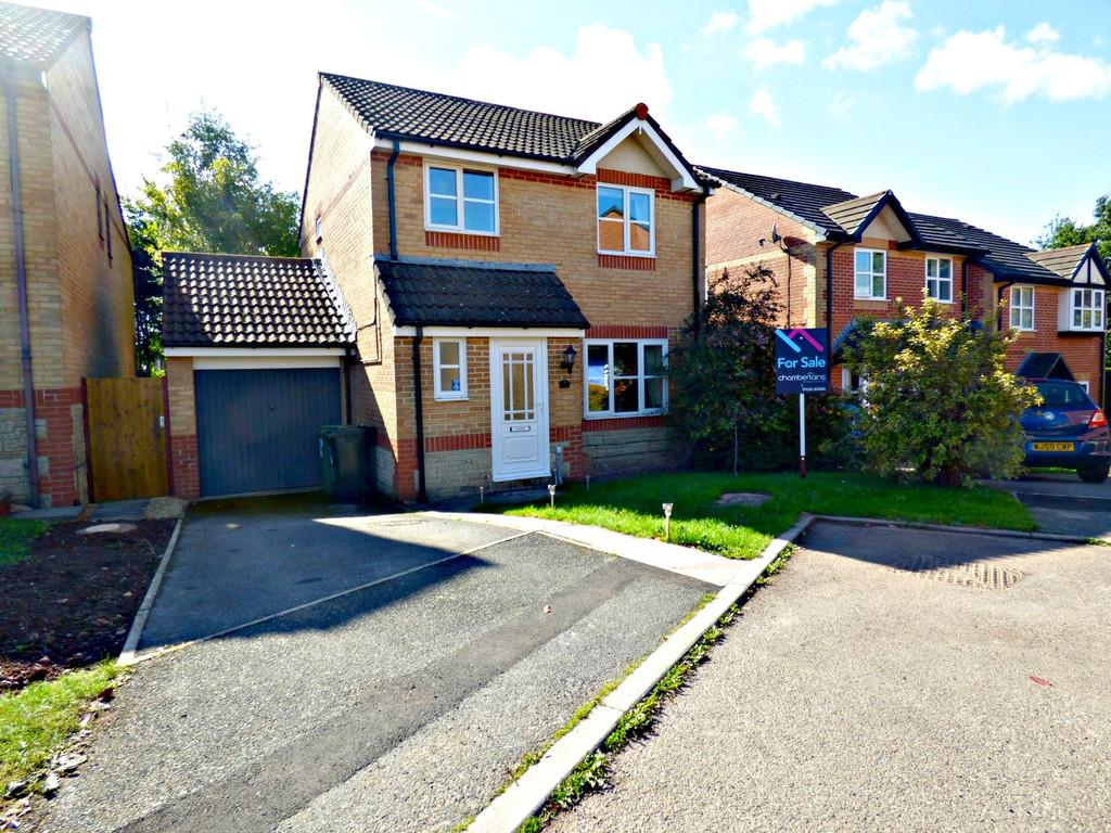 3 Bedrooms Detached House for sale in Blackberry Way, Kingsteignton, TQ12 3QX