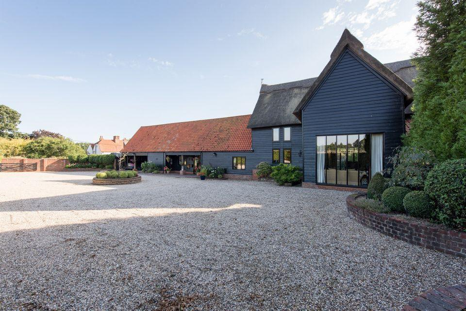 6 Bedrooms Barn Conversion Character Property for sale in Great Totham