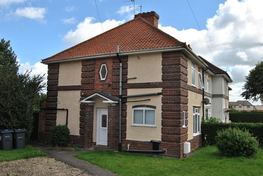 3 Bedrooms End Of Terrace House for sale in Langstone Rd, Birmingham