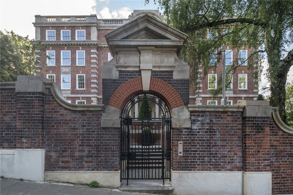 4 Bedrooms Flat for sale in Cholmeley Park, Highgate Village, London, N6