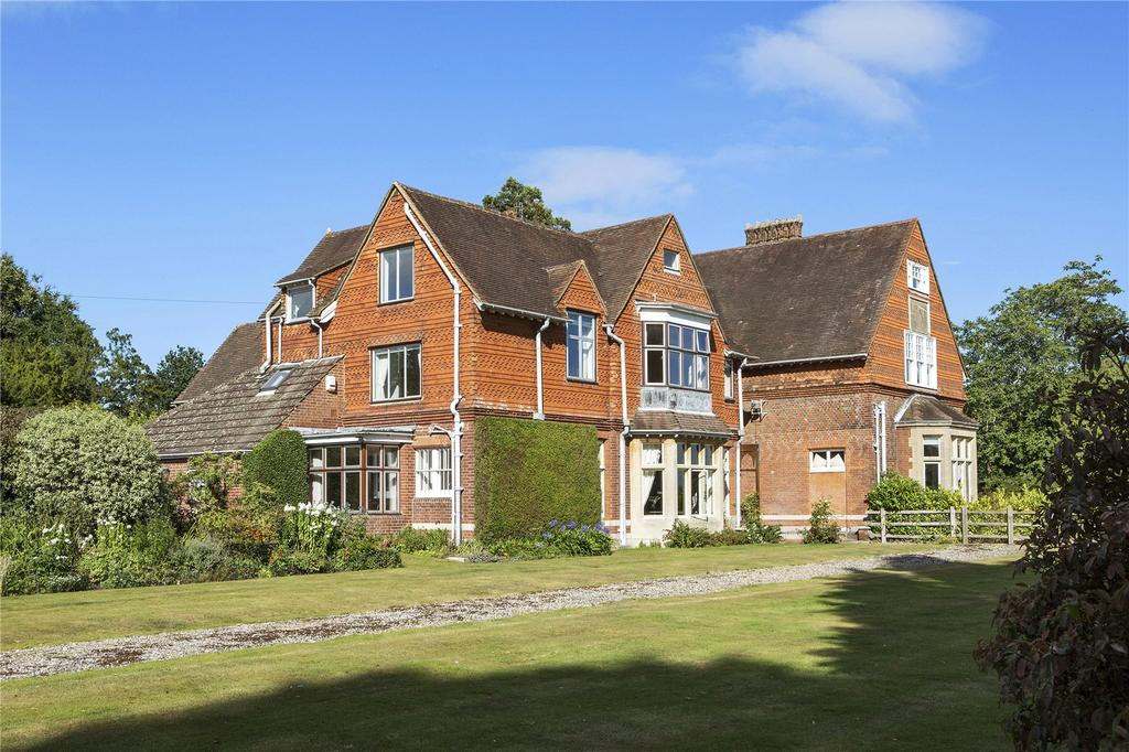 6 Bedrooms Semi Detached House for sale in Dungates Lane, Buckland, Betchworth, Surrey, RH3