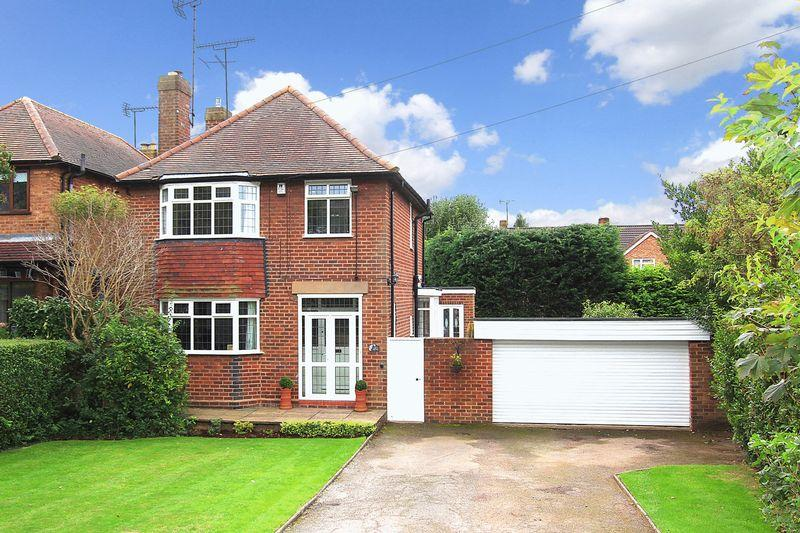 3 Bedrooms Detached House for sale in WOMBOURNE, Billy Buns Lane