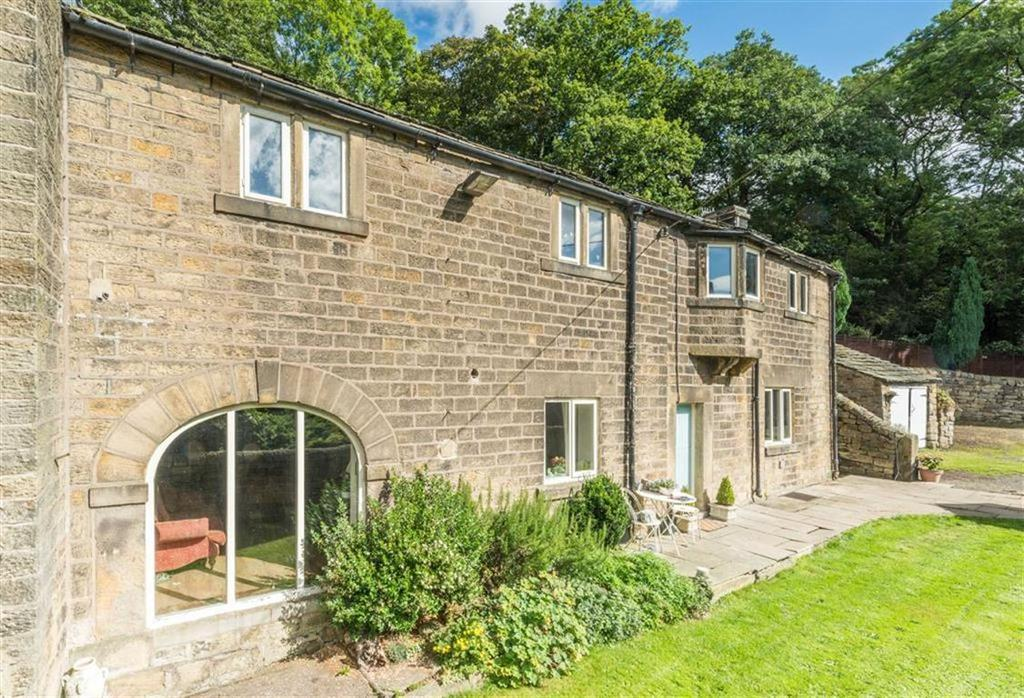3 Bedrooms Semi Detached House for sale in More Hall Lane, Bolsterstone, Sheffield, S36
