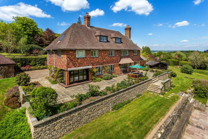 6 Bedrooms Detached House for sale in French Street, Westerham, Kent, TN16