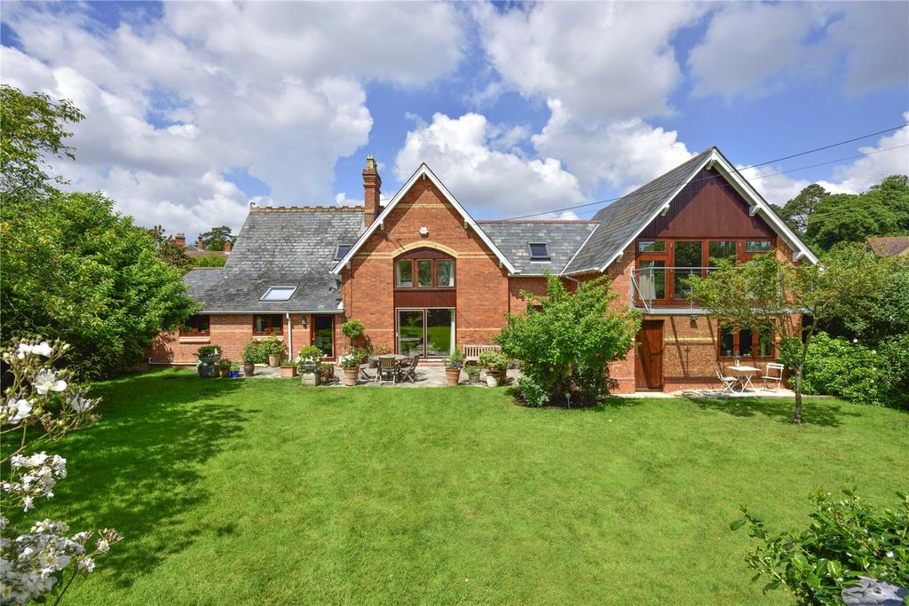 5 Bedrooms Detached House for sale in Bradford on Tone, Taunton, Somerset, TA4