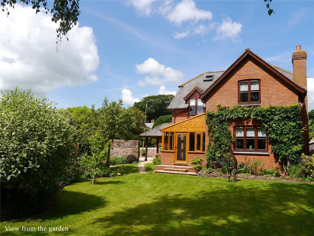 4 Bedrooms Detached House for sale in Silver Street, Thorverton, Exeter, Devon, EX5