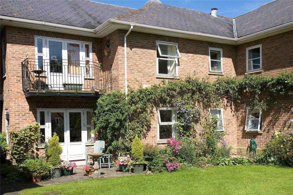 1 Bedroom Apartment Flat for sale in Hays Park, Sedgehill, Shaftesbury, Wiltshire, SP7