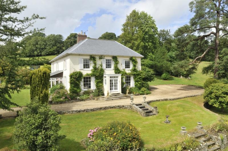5 Bedrooms Detached House for sale in Membury, Axminster, Devon, EX13