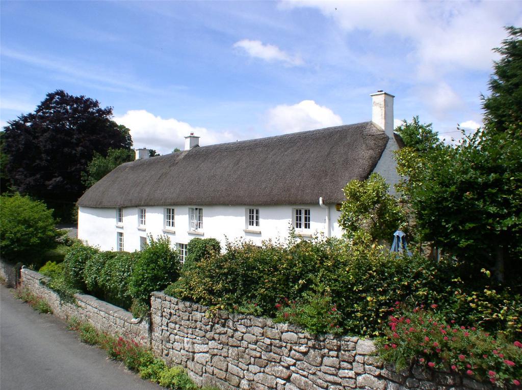5 Bedrooms Detached House for sale in Throwleigh, Okehampton, Devon, EX20