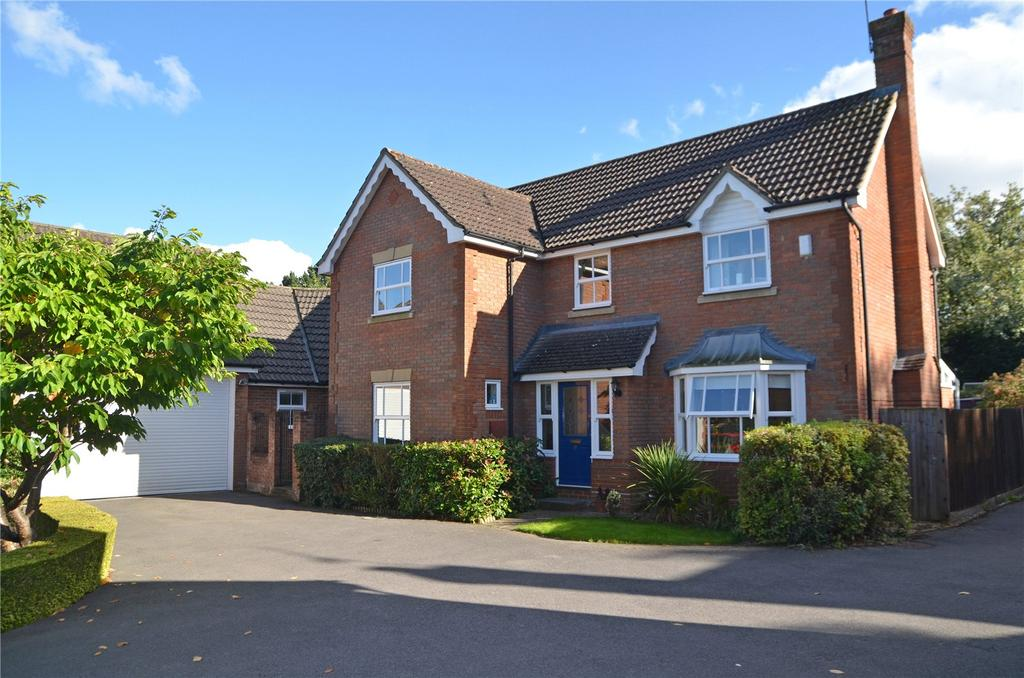 5 Bedrooms Detached House for sale in Bowling Green Lane, Purley, Reading, RG8
