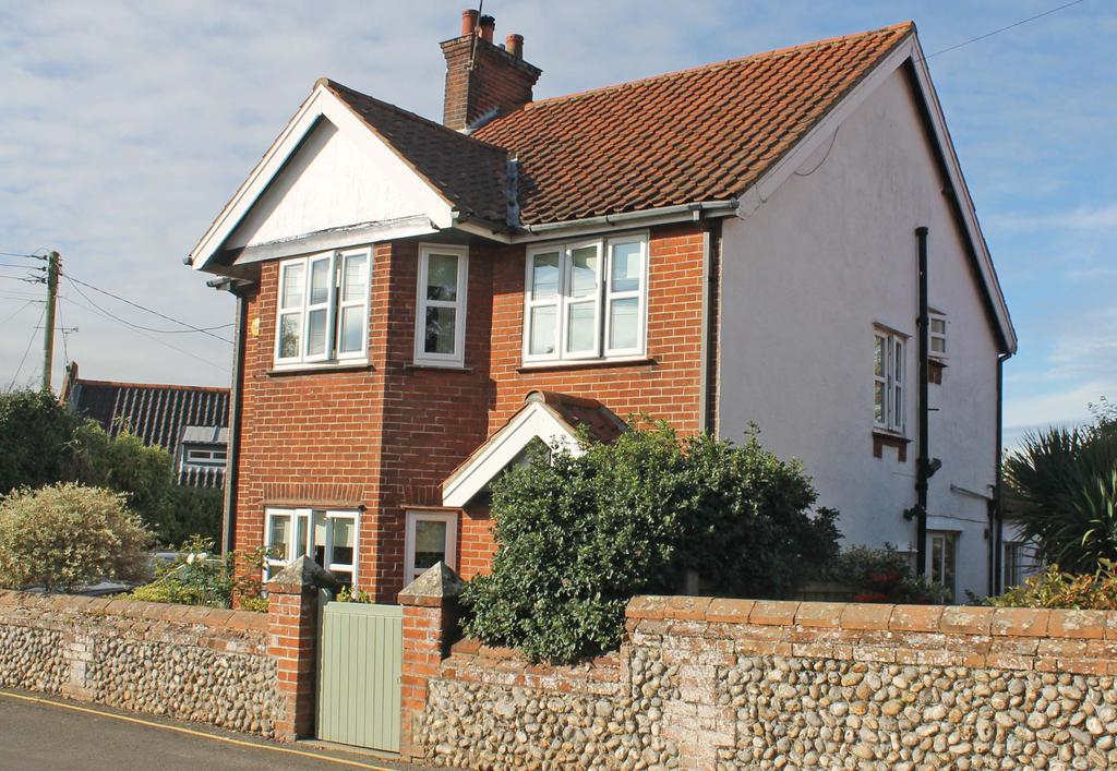 3 Bedrooms Detached House for sale in Valley Lane, Holt NR25