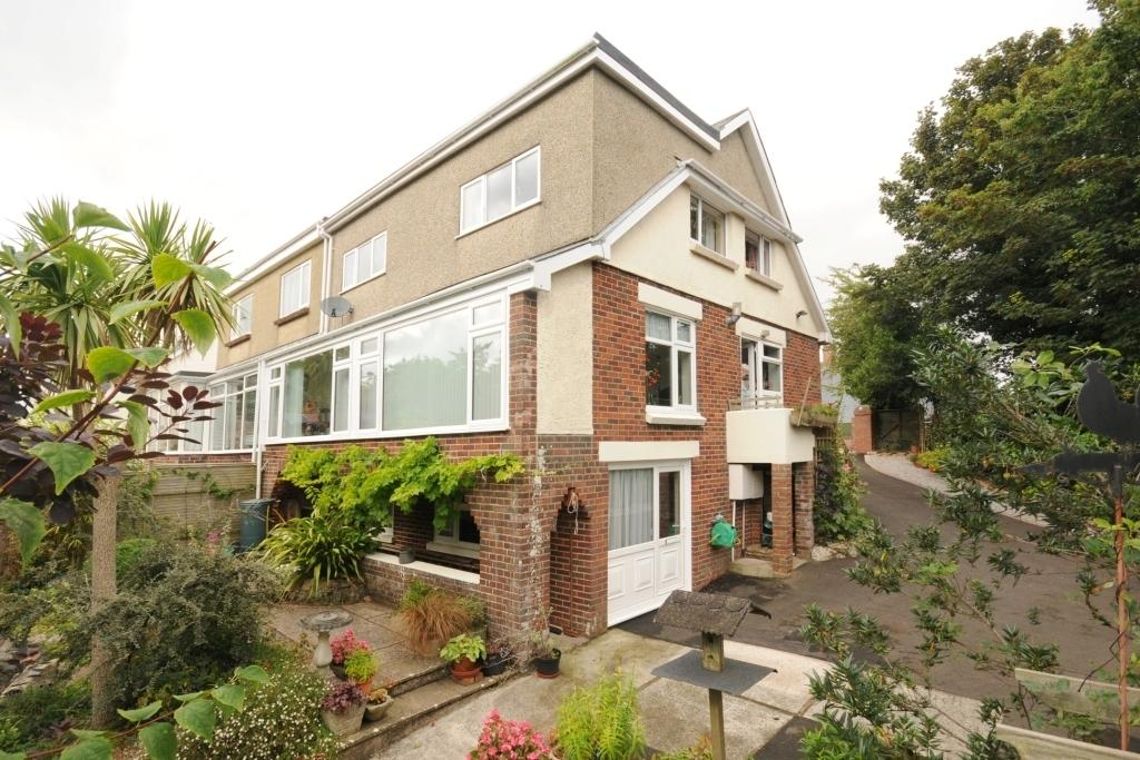 4 Bedrooms Semi Detached House for sale in Edgeley Road, Torquay