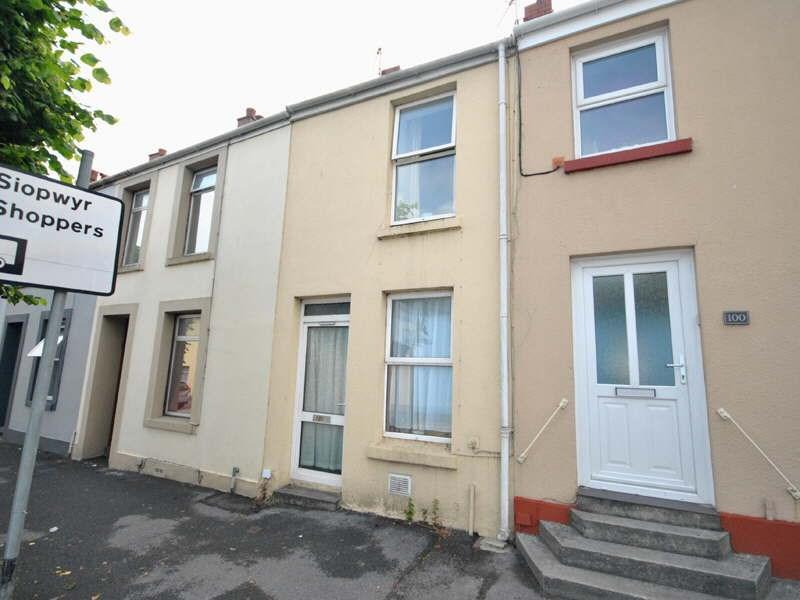 2 Bedrooms Terraced House for sale in St Catherine Street, Carmarthen, SA31