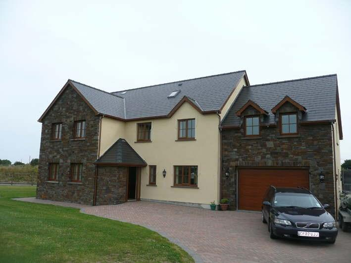 7 Bedrooms Detached House for sale in Clos-Y-Gwyddil, Ferwig, Cardigan, SA43
