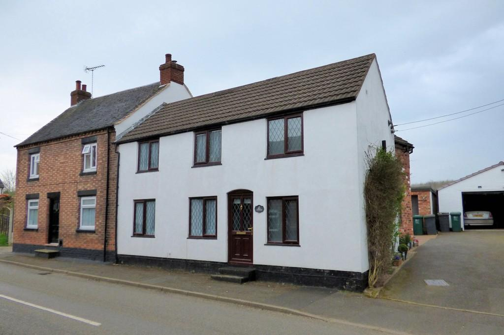 3 Bedrooms Semi Detached House for sale in Coton in the Elms, Derbyshire