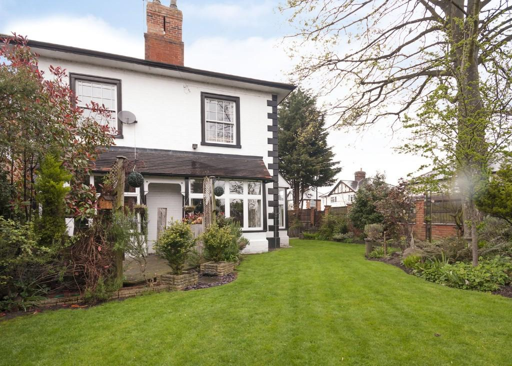 4 Bedrooms Detached House for sale in Meadow Lane, Long Eaton