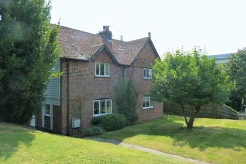 4 bedroom detached house to rent - Goddards Green Road, Cranbrook