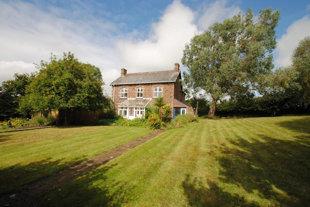 7 Bedrooms Detached House for sale in North Tamerton, Holsworthy