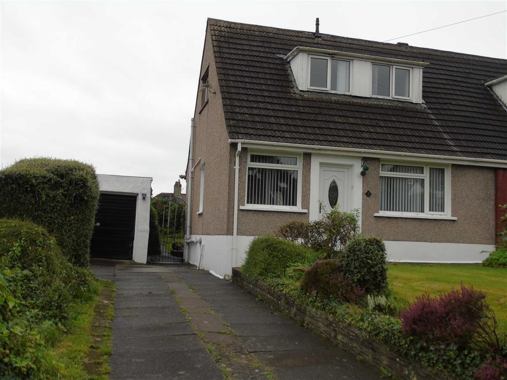 2 Bedrooms Semi Detached Bungalow for sale in Tawe View Crescent, Morriston, Swansea