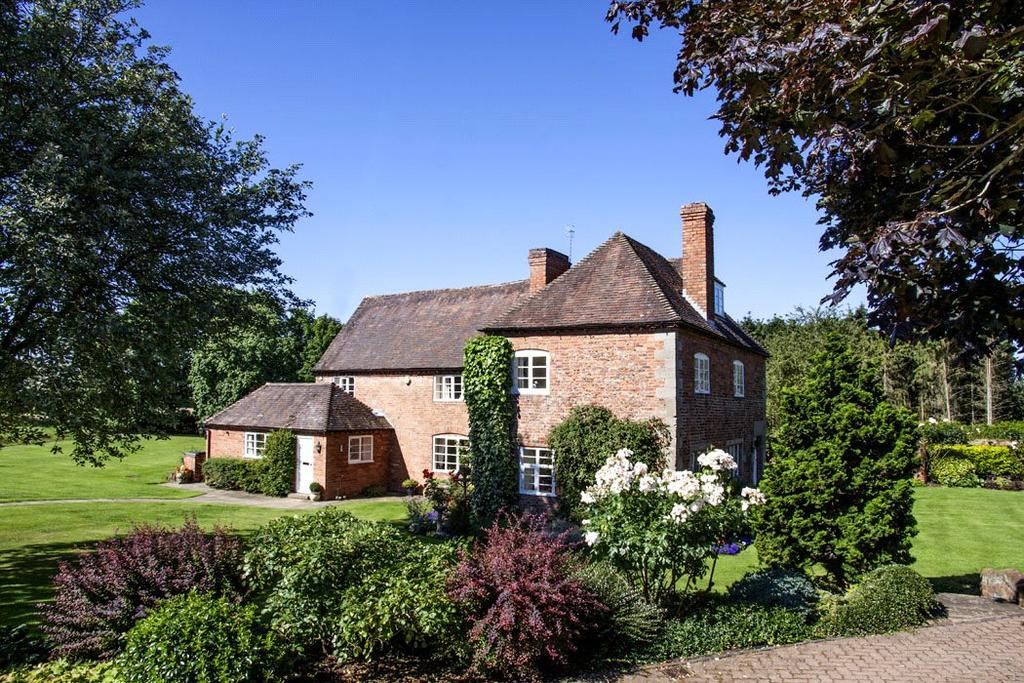 5 Bedrooms Detached House for sale in Loggerheads Lane, Hanbury, Near Droitwich Spa, Worcestershire, WR9