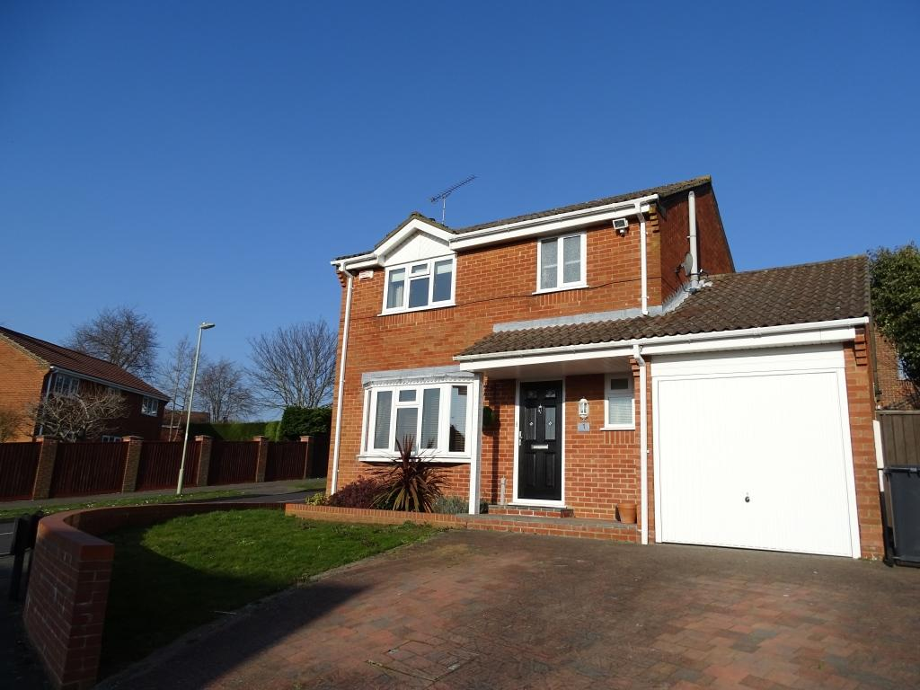 3 Bedrooms Detached House for sale in West End