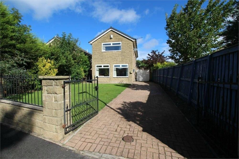 3 Bedrooms Detached House for sale in Tabbs Lane, SCHOLES, West Yorkshire
