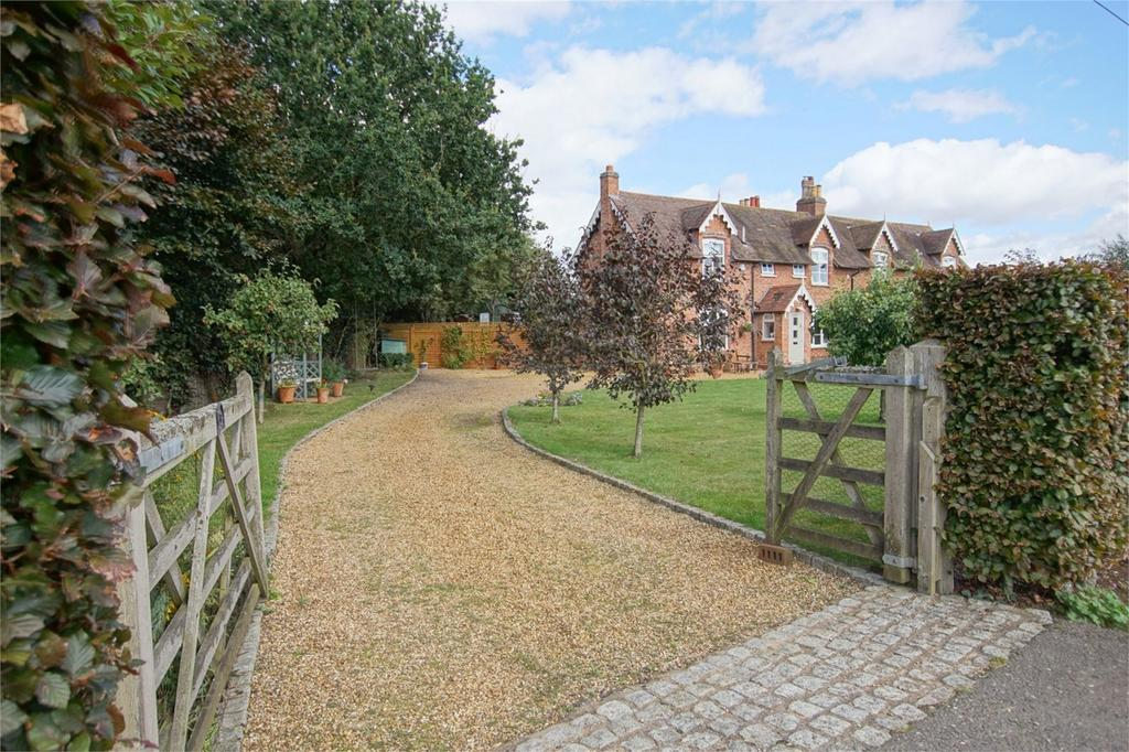 3 Bedrooms Cottage House for sale in Blackhill Cottages, Hatton Bank Lane, Black Hill, Stratford-upon-Avon, Warwickshire
