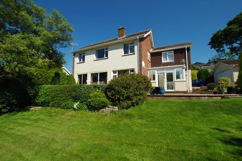 4 Bedrooms Detached House for sale in Ferndale Road, Teignmouth