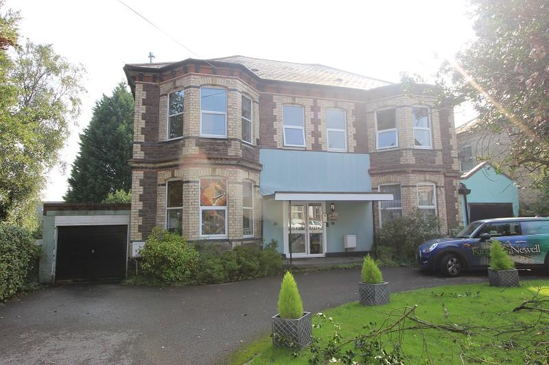2 Bedrooms Flat for sale in Enfield Court, 47-48 Caerau Road, Newport, Newport. NP20 4HH