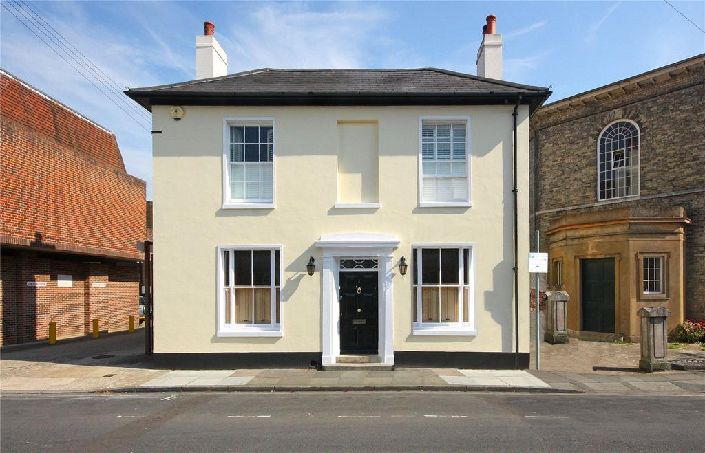 3 Bedrooms Detached House for sale in St. Johns Street, Chichester, West Sussex