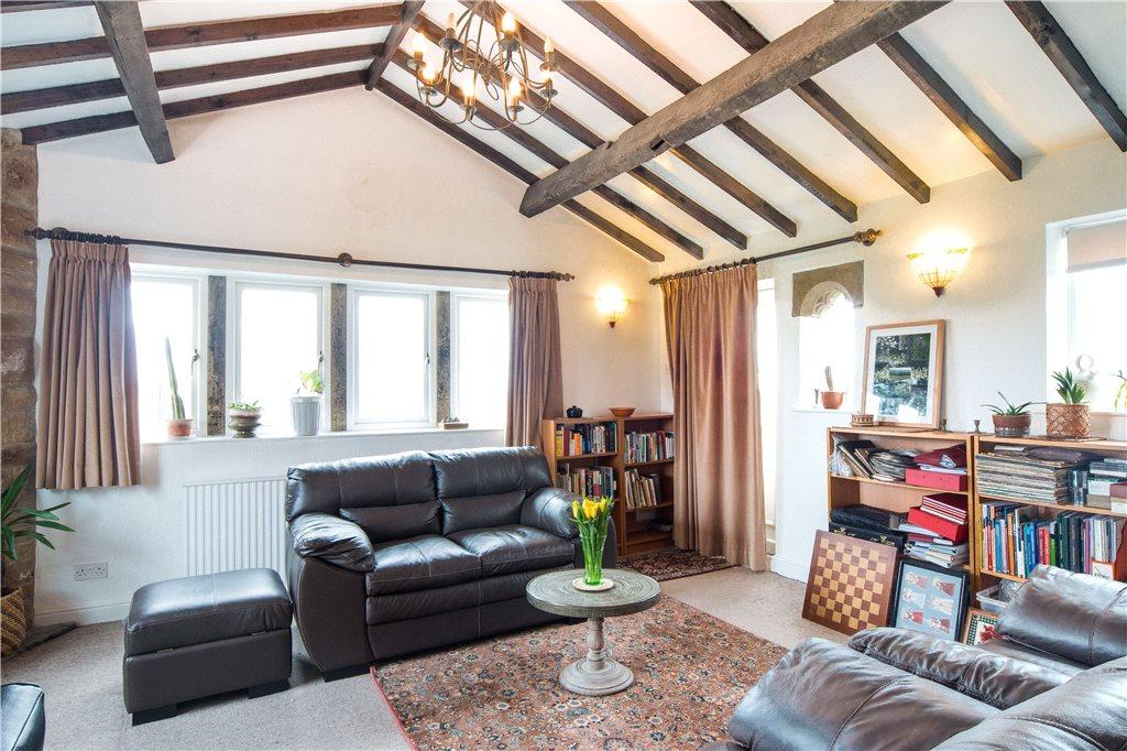 4 Bedrooms Unique Property for sale in Malt Kiln Lane, Thornton, Bradford, West Yorkshire