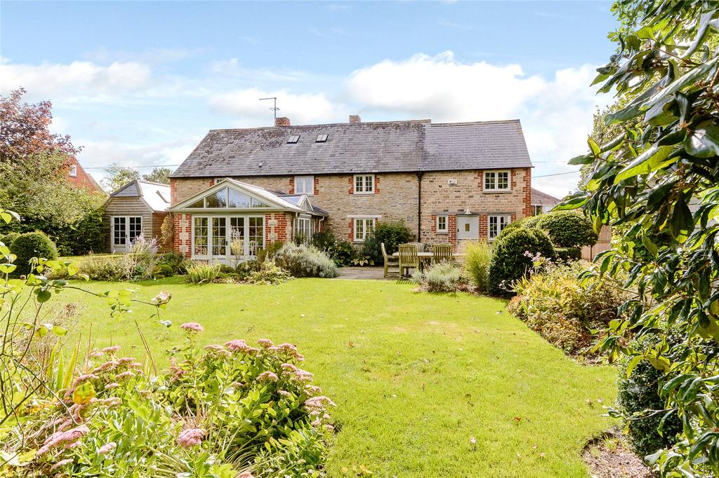 5 Bedrooms Detached House for sale in Goosey, Faringdon, Oxfordshire