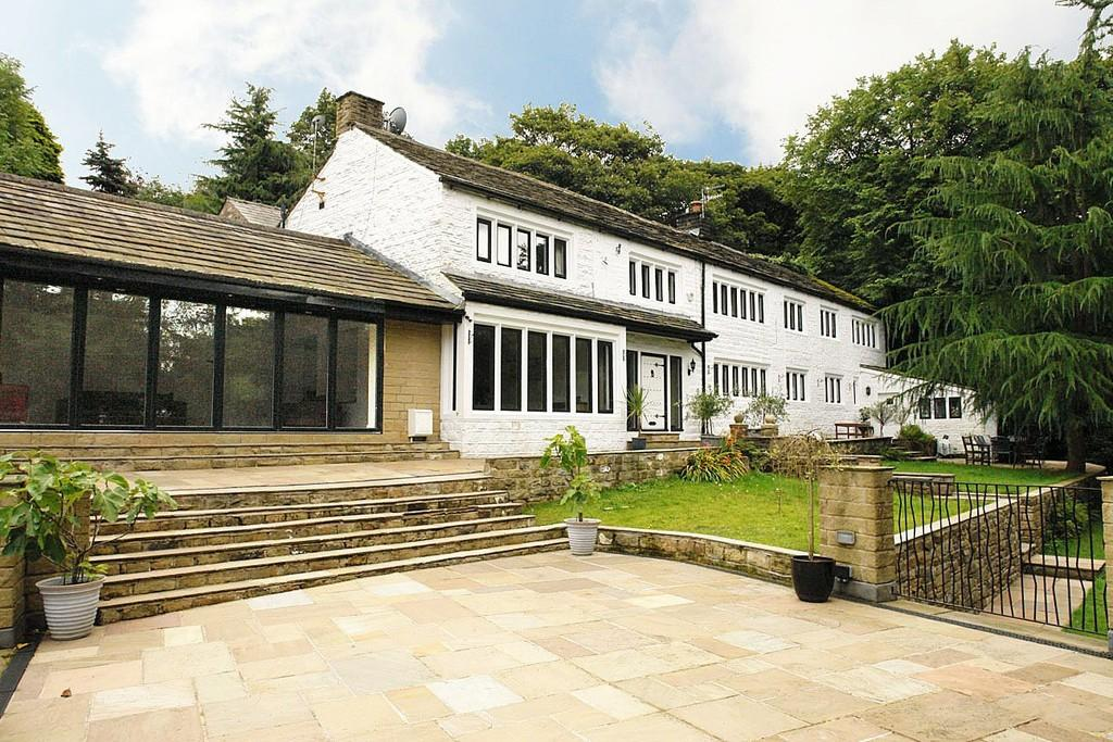 5 Bedrooms Link Detached House for sale in Clough Bottom, Uppermill, Saddleworth