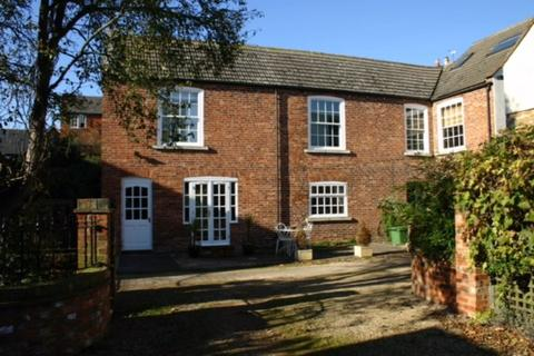 2 bedroom house to rent - High Street East, Uppingham