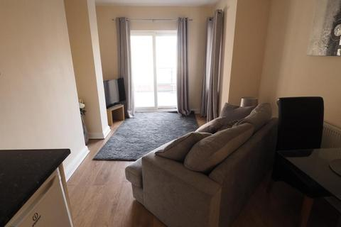 1 bedroom apartment to rent - The Oberon, 45 Queen Street, Hull, HU1 1TF