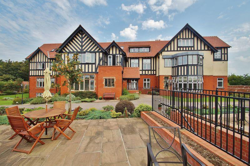 1 Bedroom Apartment Flat for sale in Rosefield Hall, Hesketh Road, Southport