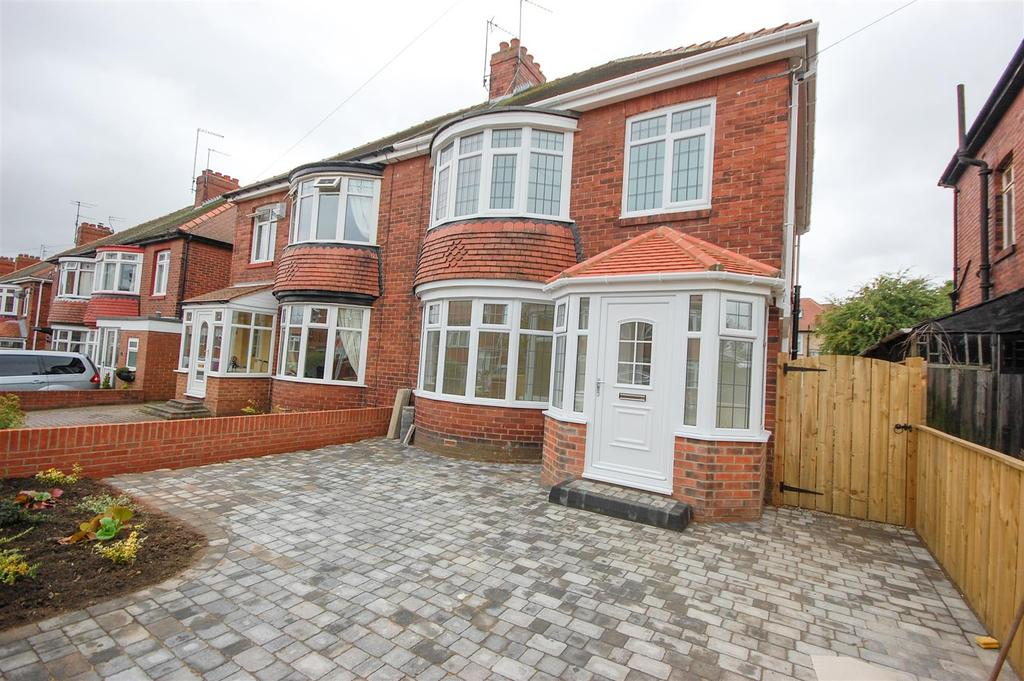 3 Bedrooms Semi Detached House for sale in Tunstall Park, Ashbrooke, Sunderland