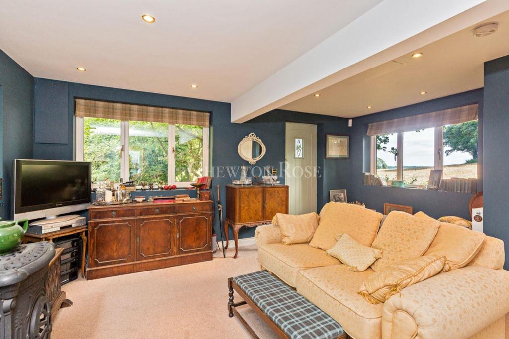 2 Bedrooms Detached House for sale in Whaddon, Milton Keynes, Buckinghamshire
