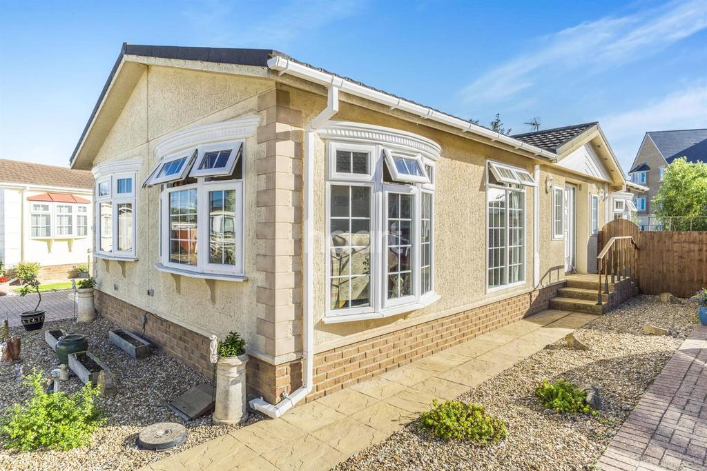 2 Bedrooms Bungalow for sale in Norton Fitzwarren